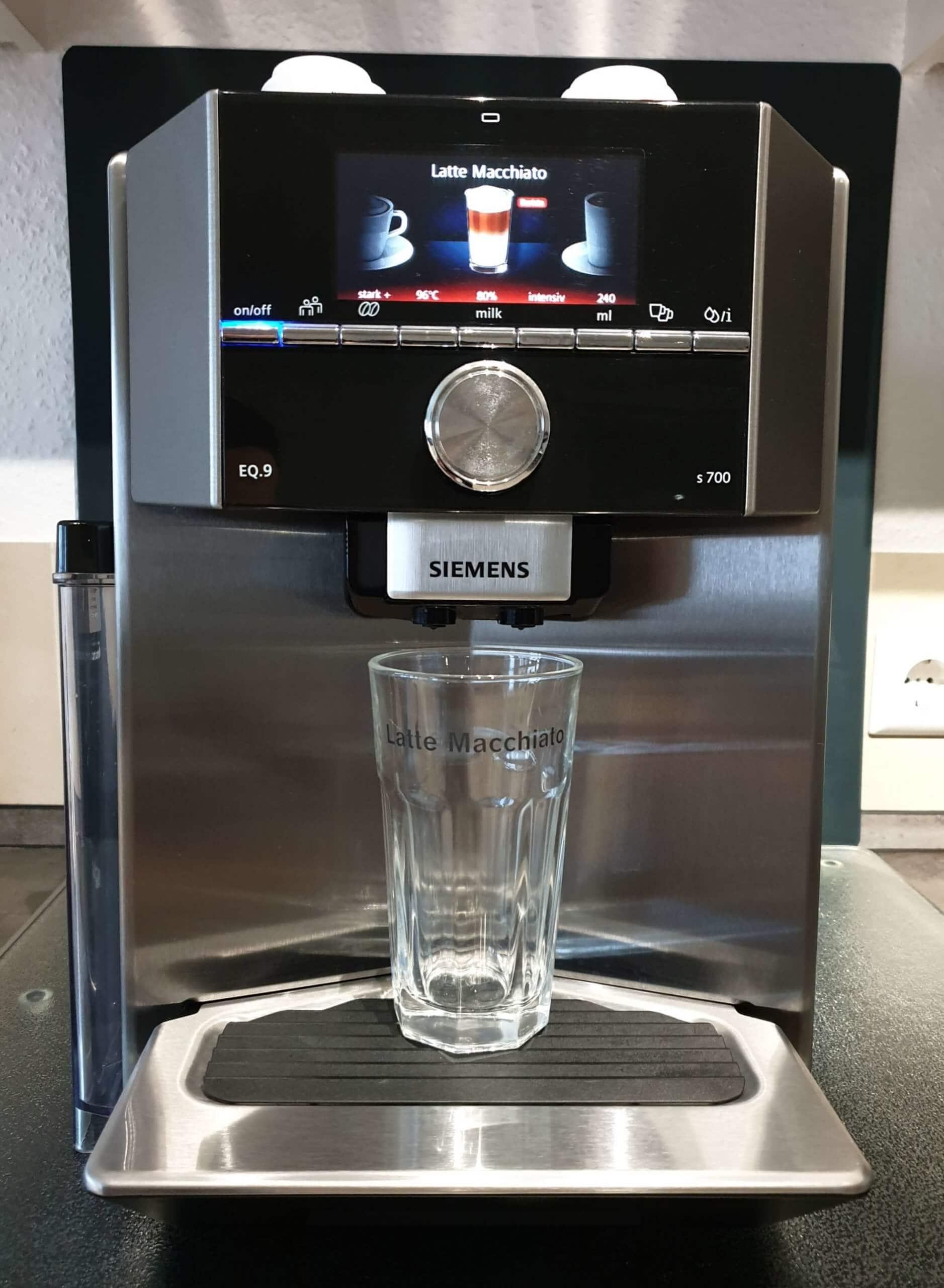 Siemens EQ9 Test s700 Kaffeeauslauf