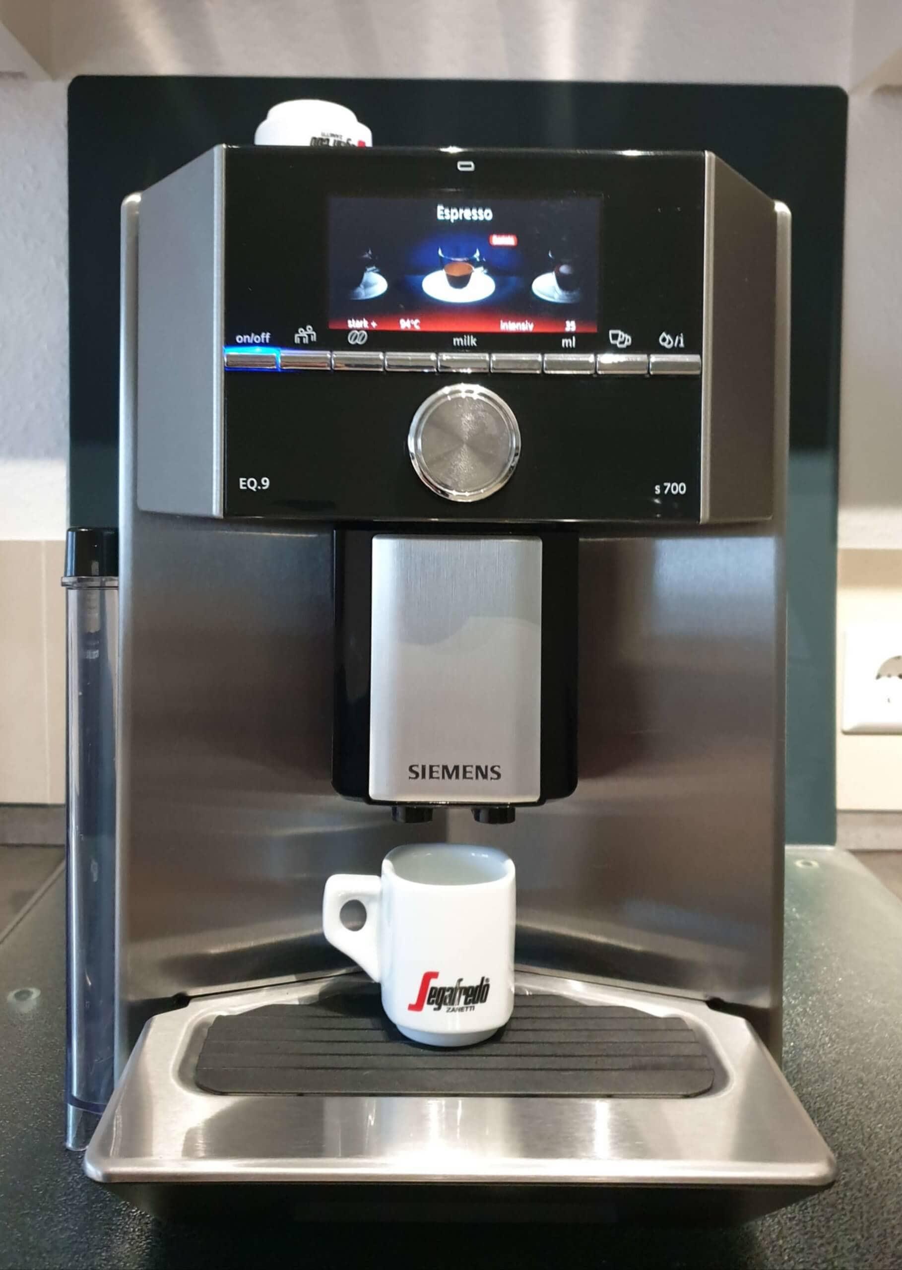 Siemens EQ9 test Kaffeeauslauf Espresso