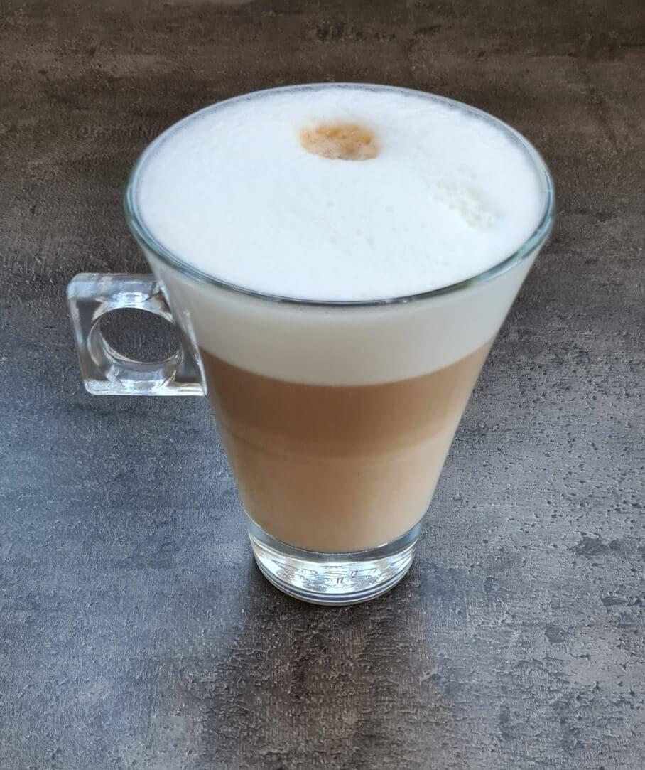 Nespresso Gran Lattissima EN650.B Latte Macchiato
